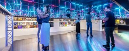 Visita la Mostra Night Fever. Designing Club Culture 1960 - Today