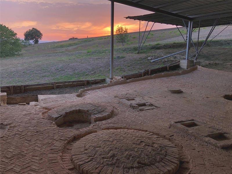 A scuola di archeologia - Soc. Coop. Archeolab - Macerata