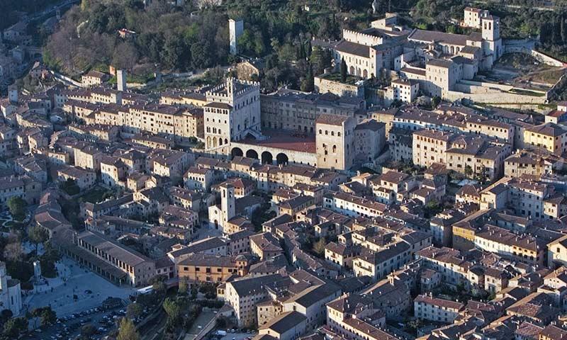 Visita la città di Gubbio