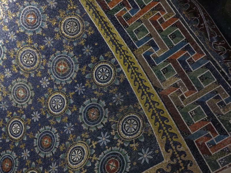 Visita Ravenna con la Cooperativa Il Papavero e Abaco
