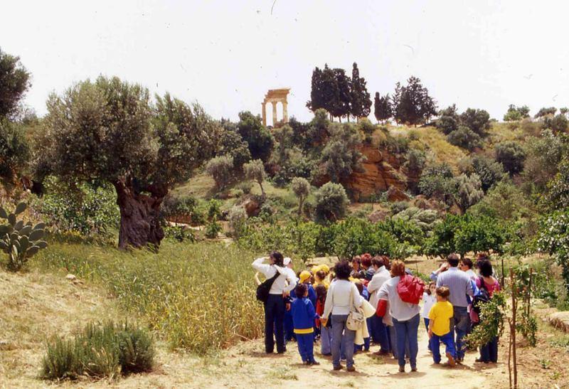 Visita i luoghi del FAI in Sicilia - Il Giardino della Kolymbethra