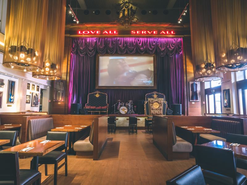 Visita l'Hard Rock Cafe di Firenze