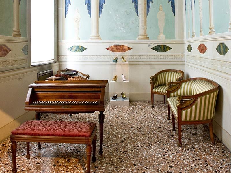 Visita il Museo della Calzatura di Villa Foscarini Rossi - Venezia