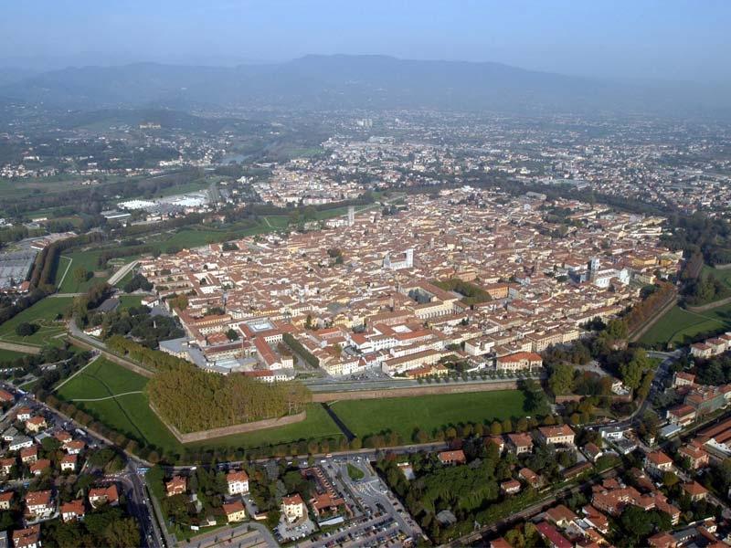 Gita scolastica a Lucca - Mura di Lucca e Torri Civiche