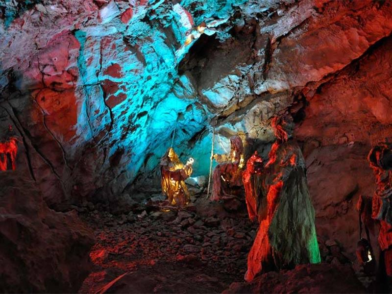 Scopri il Parco delle Alpi Apuane coni tuoi viaggi con Corchia Park