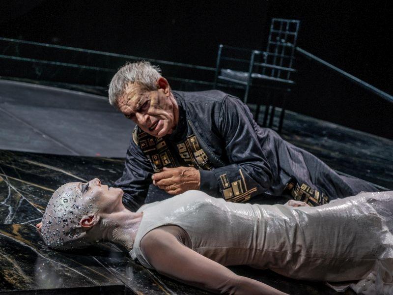 Visita il Teatro Nazionale di Genova
